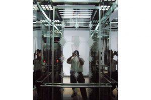 Thang máy gia đình Inox gương hai bên