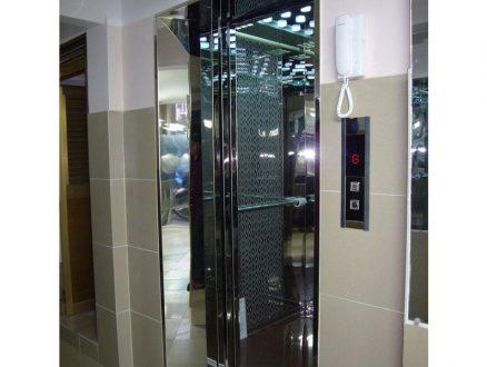 Thang máy gia đình Inox gương